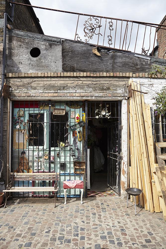 jon green photographer surrey - london photography exteriors
